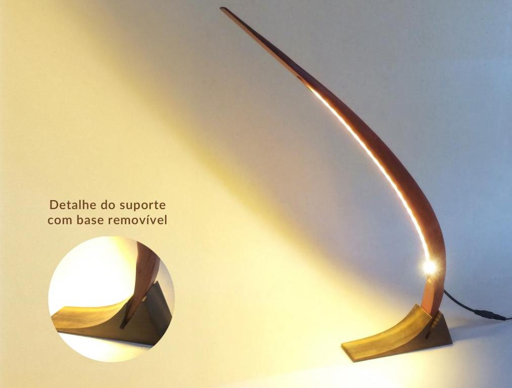 Obra de André Marx - luminária