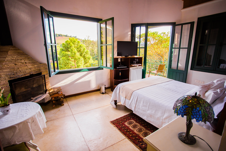 chale-renoir-quarto2-villa-mantiqueira-santo-antonio-do-pinhal